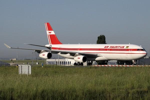 Air Mauritius Airbus 340-300
