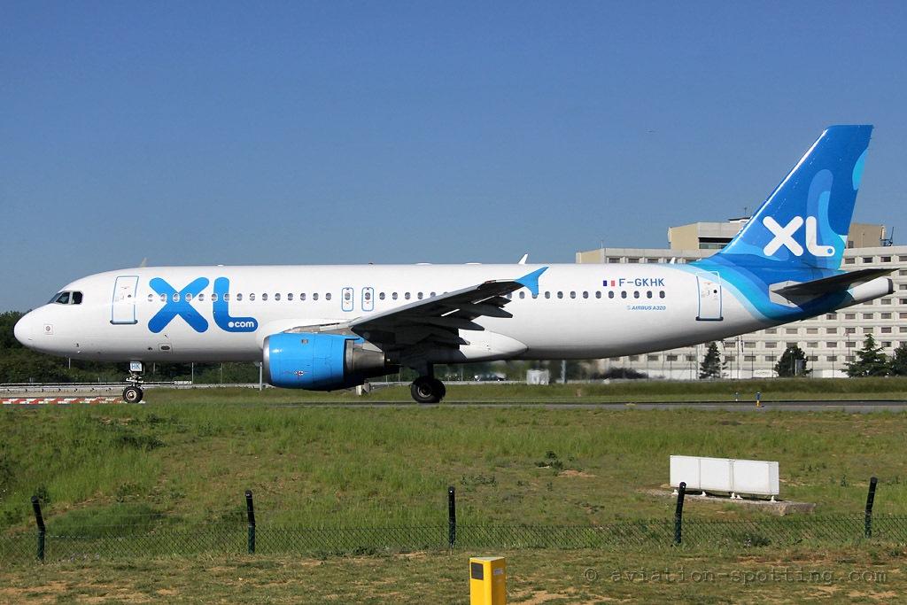 Xl airways france airbus a320 aviation spottingaviation for Airbus a330 xl airways interieur