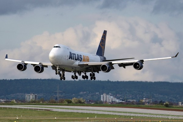 Atlas Air Boeing B747-400 F (USA)