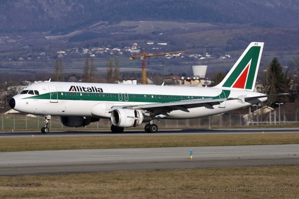 Alitalia Airbus 320 old colours (Italy)