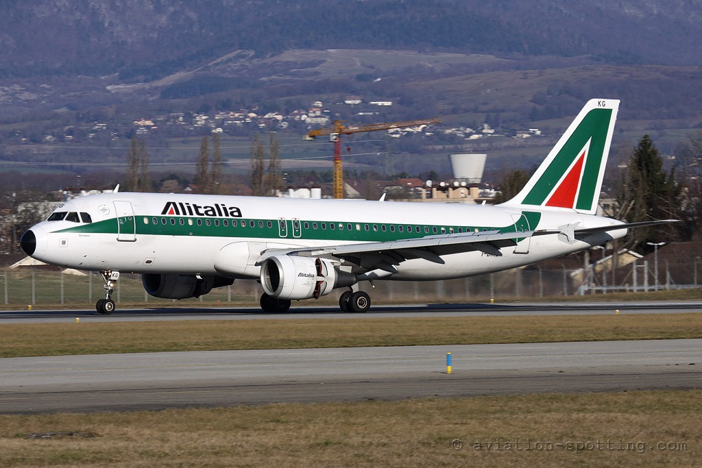 Alitalia Airbus A320 old colours (Italy)