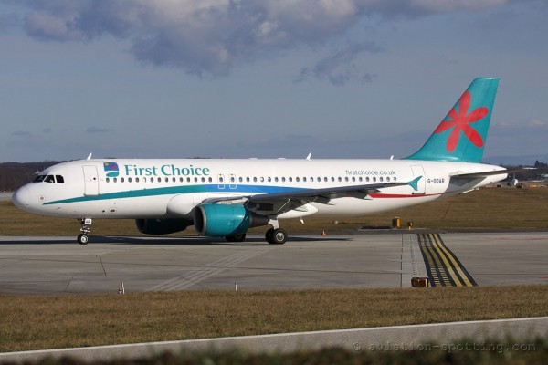 First Choice Airways Airbus 320 (UK)
