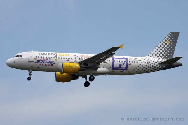 Vueling Airlines Airbus 320 MTV special colours(Spain)
