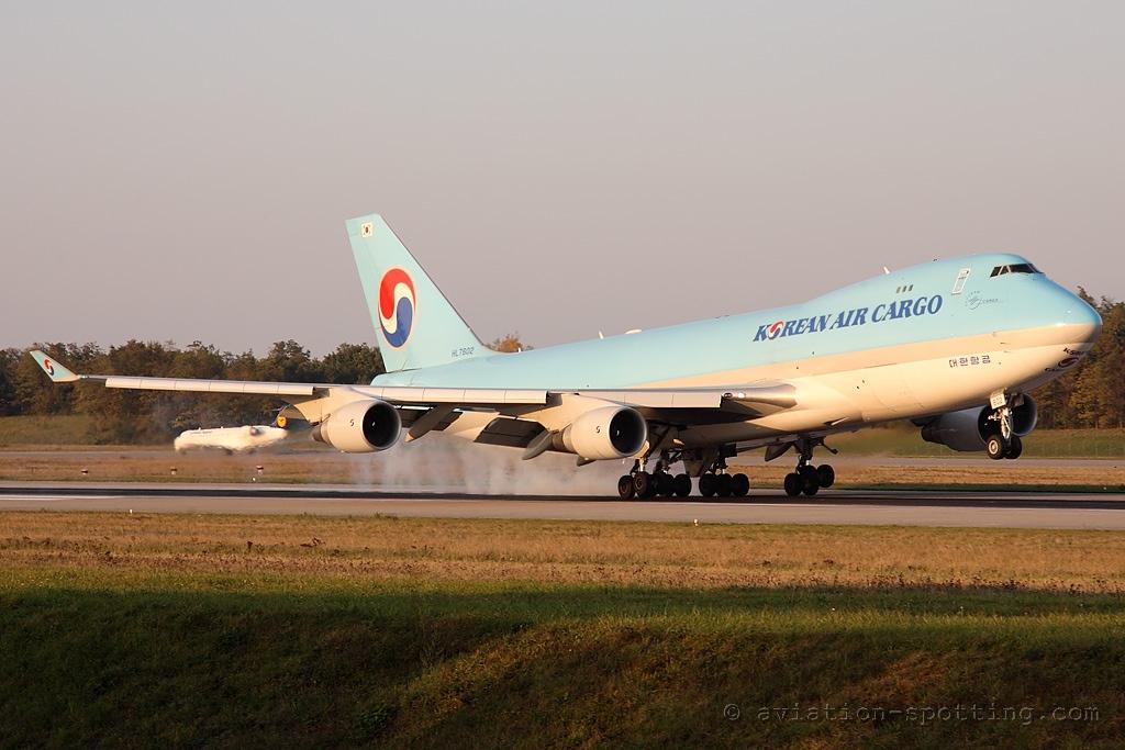 Korean Air Cargo Boeing B747-400 F (South Korea)