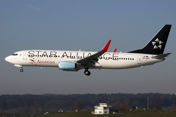 Austrian Airlines Boeing B737-800 Star Alliance colours