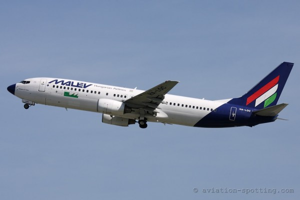 Malev Hungarian Airlines Boeing B737-800