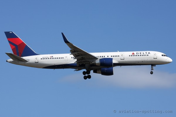 Delta Air Lines Boeing B757-200 (USA)