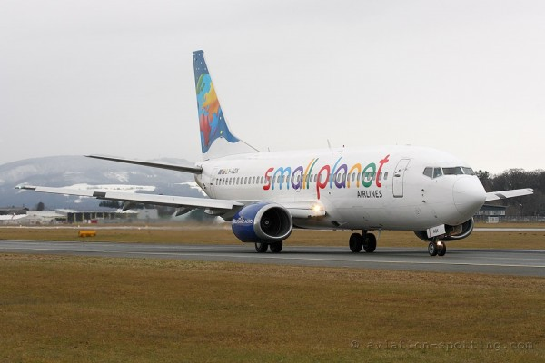 Small Planet Airlines Boeing B737-300 (Lithuania)