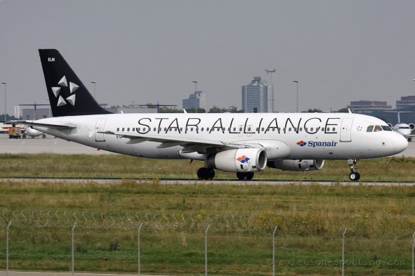 Spanair Airbus 320 Star Alliance colours (Spain)