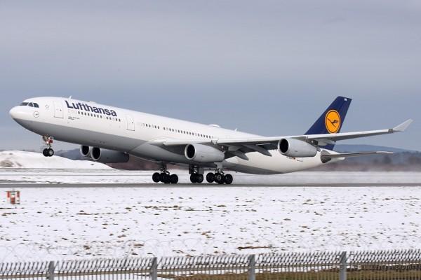 Lufthansa Airbus 340-300 (Germany)