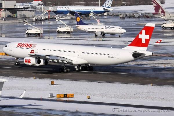 Swiss Airbus 340-300