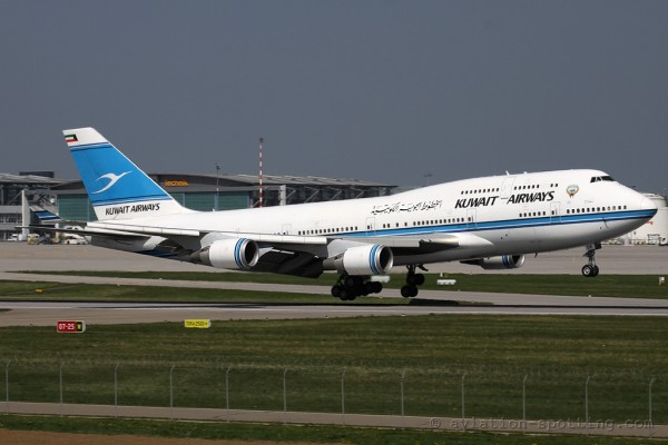 Kuwait Airways Boeing B747-400