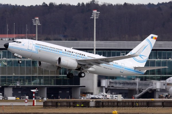 Tarom Boeing B737-700 retro colours (Romania)