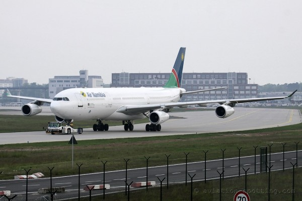 Air Namibia Airbus 340-300