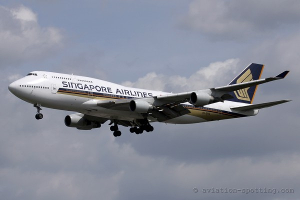Singapore Airlines Boeing B747-400
