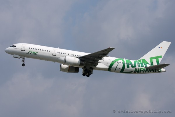 Mint Airways Boeing B757-200 (Spain)