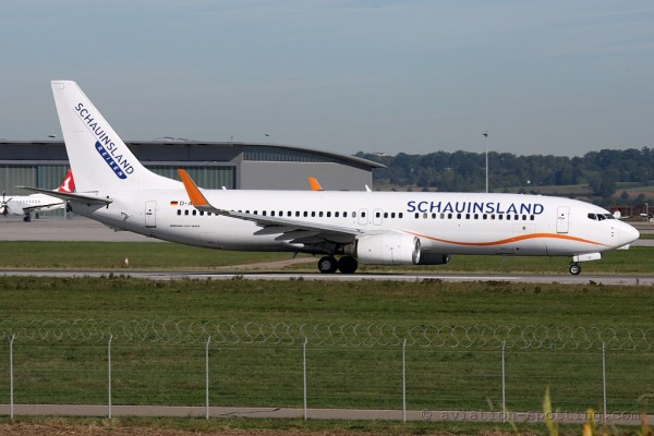 XL Airways Germany Boeing B737-800 Schauinsland special colours