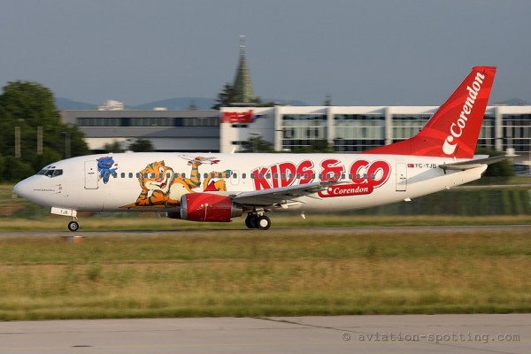 Corendon Airlines Boeing B737-300 Kids special colours (Turkey)