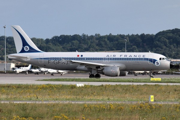 Air France Airbus 320 retro colours