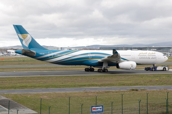 Oman Air Airbus 330-300