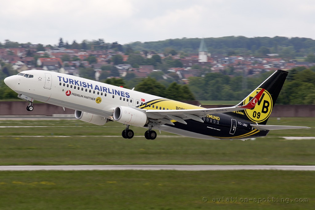 Turkish Airlines Boeing 737-800 BvB special colours