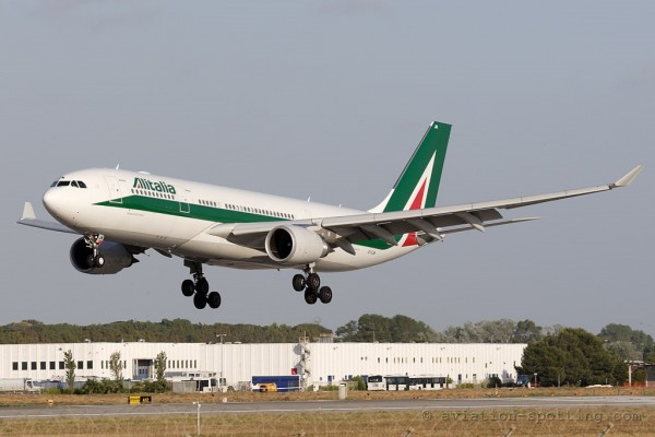 Alitalia Airbus 330-200 (Italy)