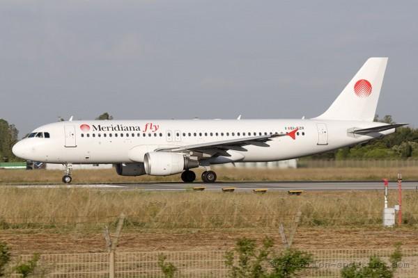 Meridiana fly Airbus 320 (Italy)