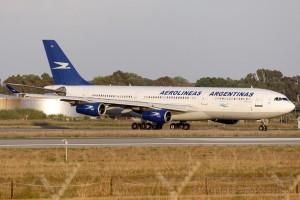 Aerolineas Argentinas Airbus 340-200
