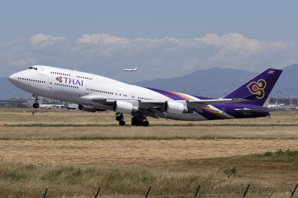 Thai Airways International Boeing B747-400