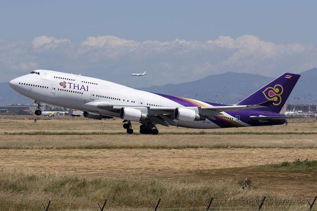 Thai Airways International Boeing 747-400