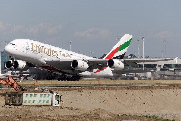 Emirates Airbus 380 (UAE)