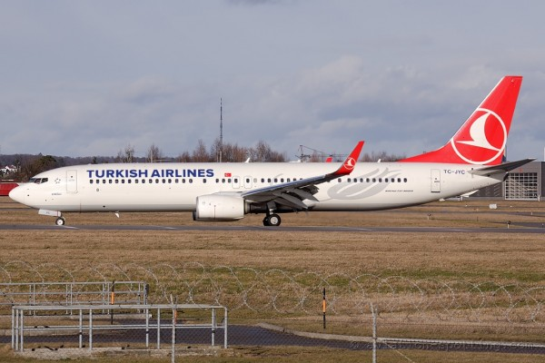 Turkish Airlines Boeing B737-900