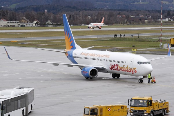 Jet2.com Boeing B737-800 (UK)
