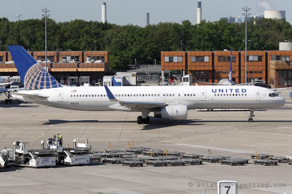 United Airlines Boeing B757-200 (USA)