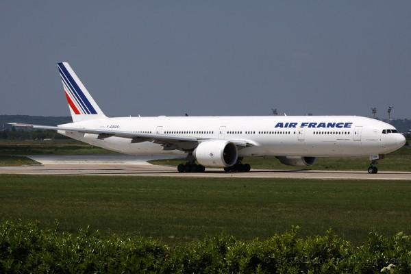 Air France Boeing B777-300