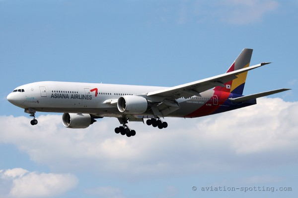 Asiana Airlines Boeing B777-200 (South Korea)