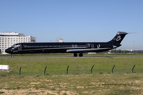 Blue Line McDonnel Douglas MD 83 (France)
