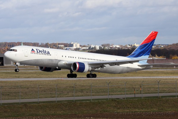 Delta Air Lines Boeing B767-300 (USA)