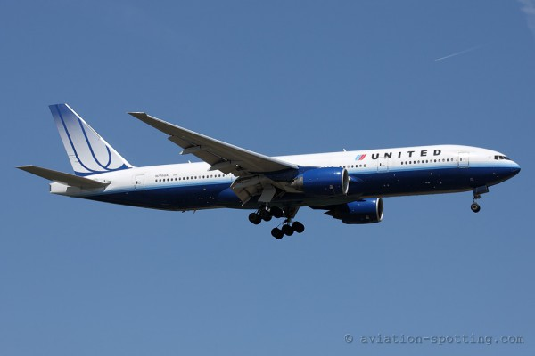United Airlines Boeing B777-200 (USA)