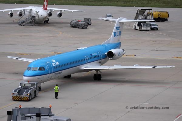 KLM Cityhopper Fokker F100 (Netherlands)
