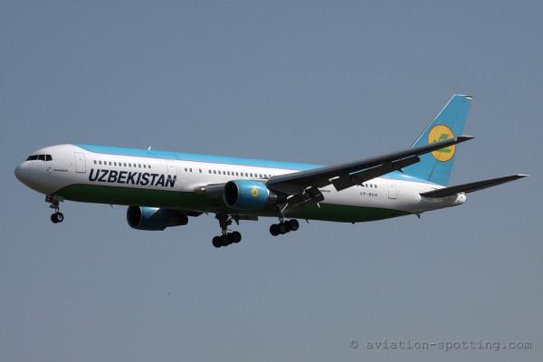 Uzbekistan Airways Boeing B767-300