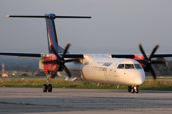 Malev Hungarian Airlines Bombardier Dash 8-Q 400