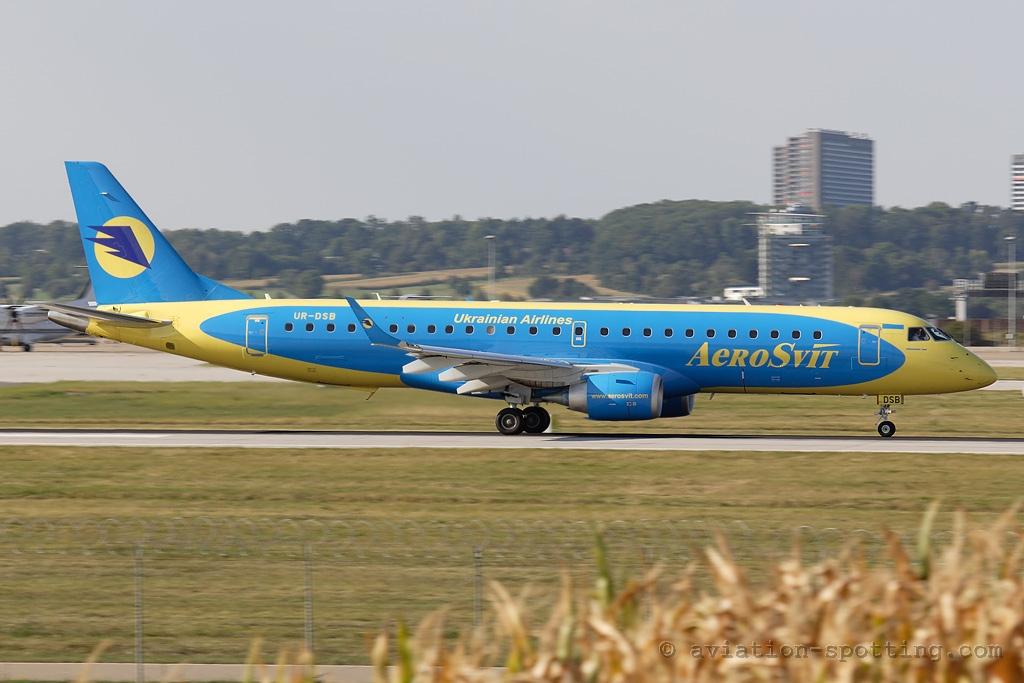 Aerosvit Airlines Embraer E190 (Ukraine)