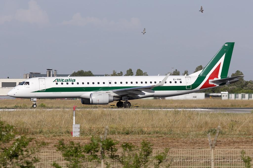 Alitalia Embraer 190 (Italy)