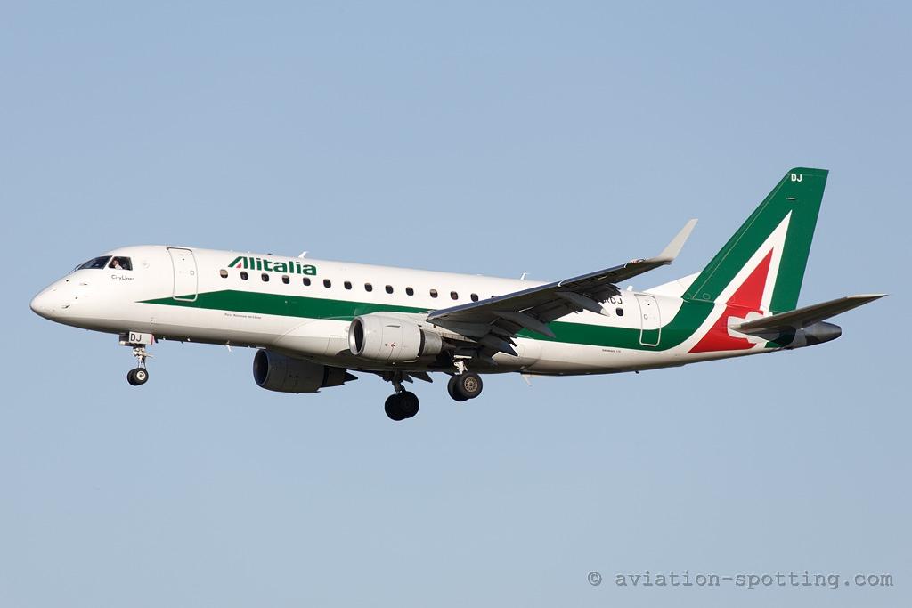 Alitalia Embraer 175 (Italy)