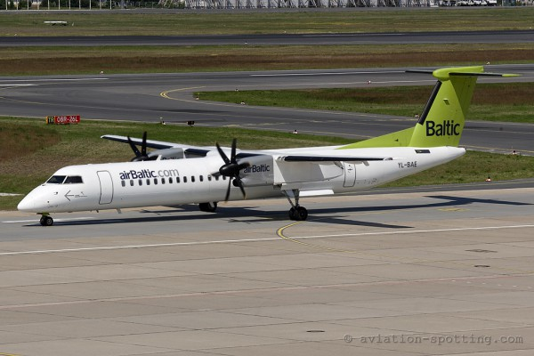 Air Baltic Bombardier Dash 8-Q 400 (Latvia)