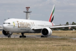 Emirates Boeing B777-300 (UAE)