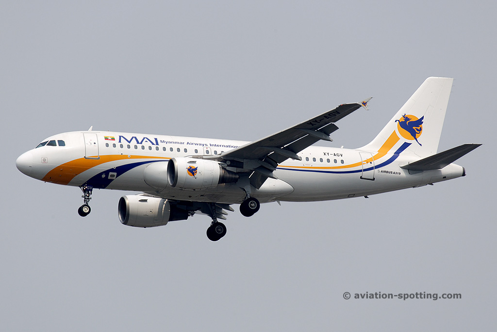 Myanmar Airways International Airbus A319