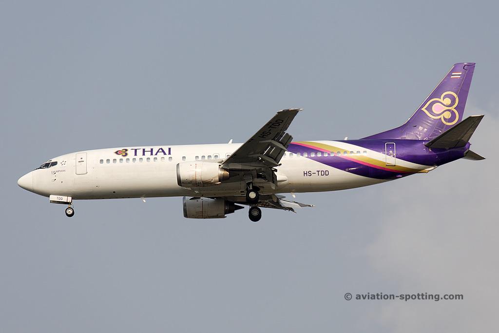 Thai Airways International Boeing 737-400