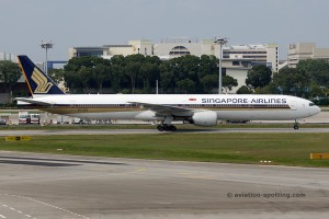 Singapore Airlines Boeing B777-300